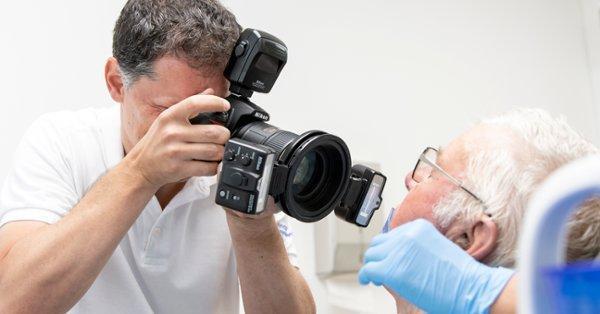 اما و اگرهای عکسبرداری از چهره بیمار در دندانپزشکی...