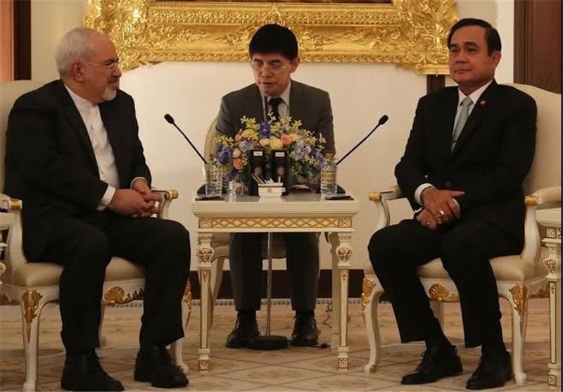 وزیر خارجه ایران با نخست وزیر تایلند ملاقات کرد