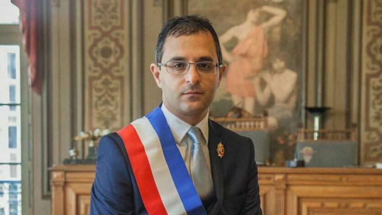 یک فرانسوی ایرانی تبار برنده نوبل توسعه پایدار شد ، قانونی که با تلاش آرش درمبخش برای رستوران ها تصویب شد