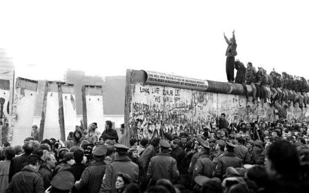 دیوار برلین یک شیطان ضروری و مفید بود