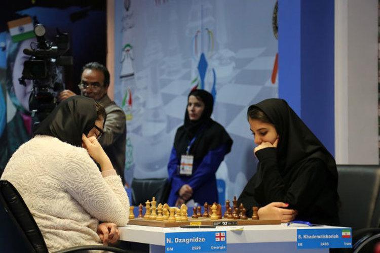 طراحی لباس ویژه برای بانوان ملی پوش شطرنج ایران