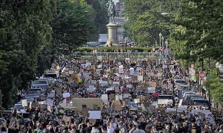 تصاویر ، اعتراض مردم سراسر دنیا به نژادپرستی پلیس آمریکا