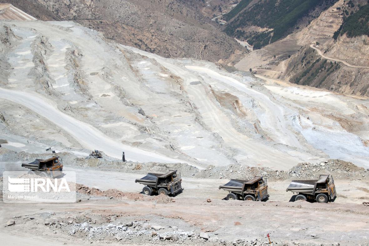 خبرنگاران گواهی کشف در 19 محدوده معدنی آذربایجان غربی صادر شد