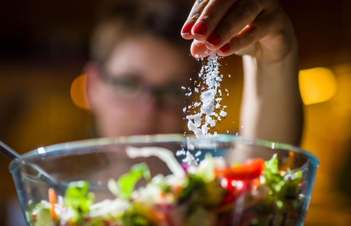 ولع مصرف نمک نشانه ای از چه بیماری ها و شرایط های بدن است؟