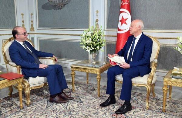 خبرنگاران اختلاف رییس جمهوری تونس با نخست وزیر درباره تغییر کابینه