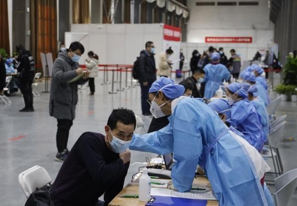 وعده مقامات چینی درباره افزایش سرعت واکسیناسیون کرونا پس از 40 روز