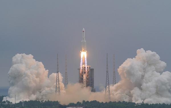 بخش مرکزی ایستگاه فضایی چین با موفقیت به فضا پرتاب شد
